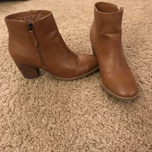 Canyon River Blues Brown booties